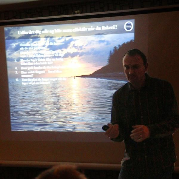 Fiskeguide Lars Juel Hansen - Keep It Simple